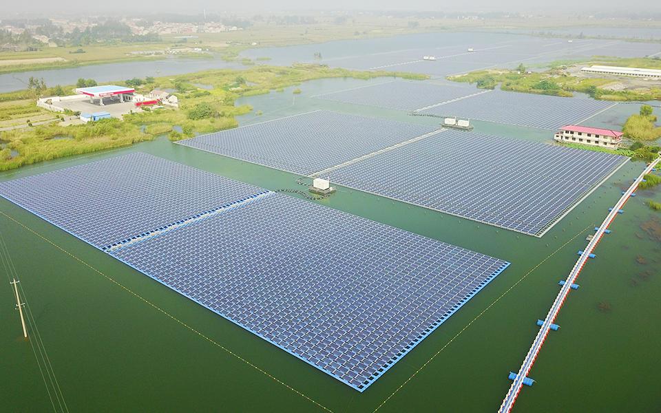 天合光能颍上古城130MW水面漂浮式光伏电站项目
